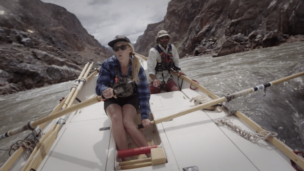 In Current – Running the Grand Canyon in a Wooden Dory